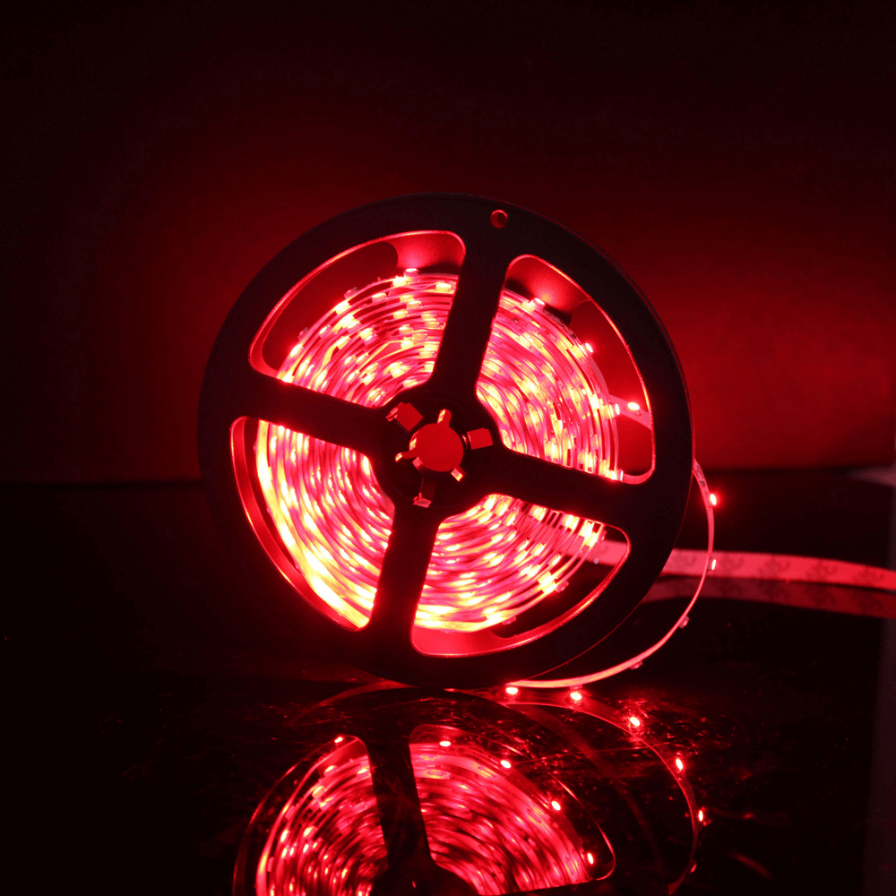 Banda LED Flink, flexibila, 12V, 12 W/ml, 3-4 lm, rosu, 5 m imagine 2021 mathaus