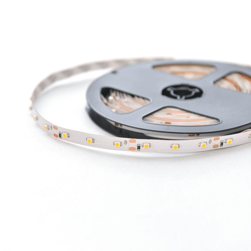 Banda LED Flink, flexibila, 12V, 12 W/ml, 3-4 lm, alb cald, 5 m imagine 2021 mathaus